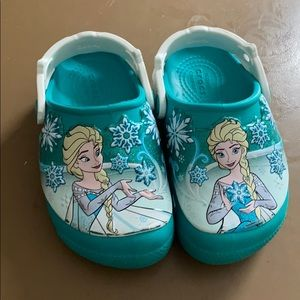 Frozen crocs